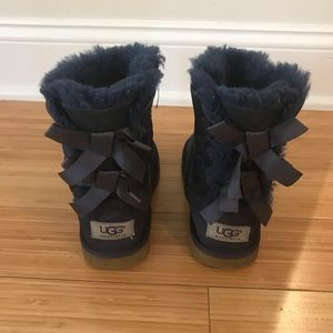 Uggs girls bailey now boots